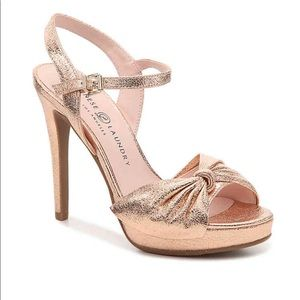 CHINESE LAUNDRY • Rose gold platform sandals heels